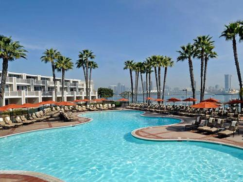 Marriott Coronado Island Resort & Spa Photo