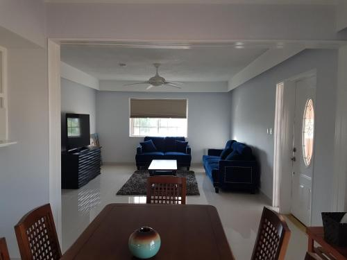 Swan Boutique Apartment, Tamuning