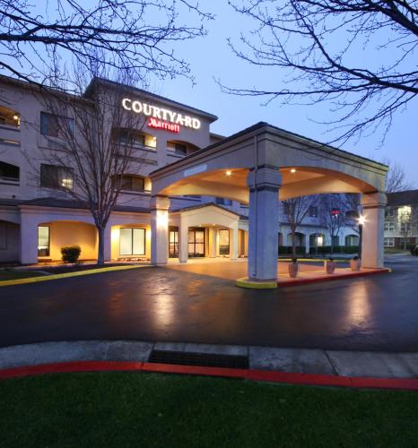 Courtyard By Marriott San Jose South/Morgan Hill - Morgan Hill, CA 95037