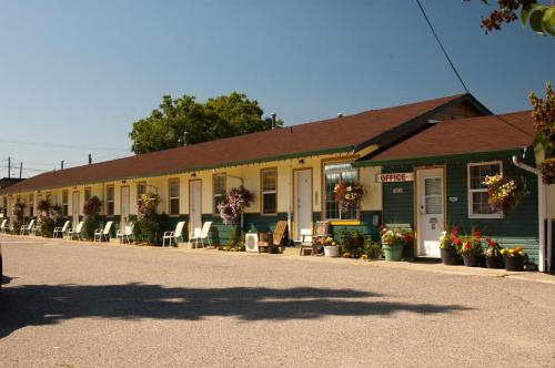 Boundary Motel Photo