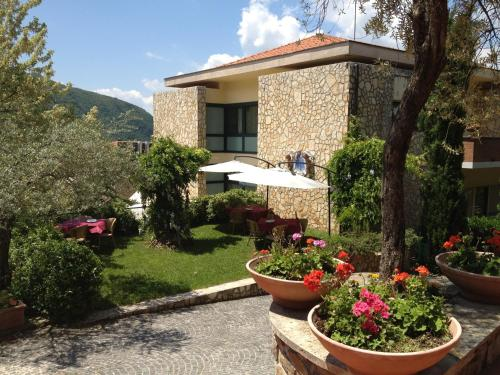 Picture of Solofra Palace Hotel & Resort