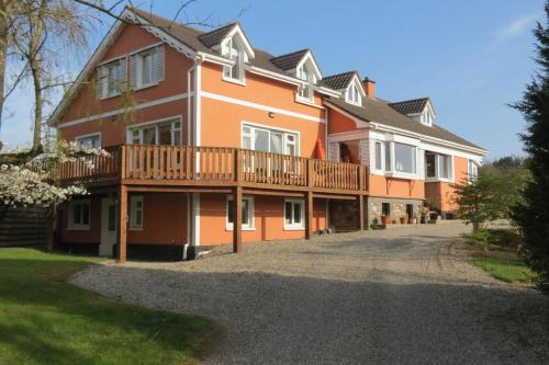 Photo of Ferrycarrig Lodge B&B Hotel Bed and Breakfast Accommodation in Wexford Wexford