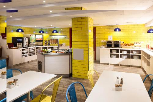ibis Styles London Excel photo 8