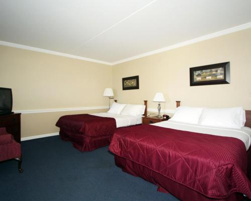 Clarion Inn Strasburg - Lancaster Photo
