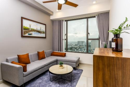 NOMAD HOME - Minimalist Apartment in Rivergate Resident, Ho Chi Minh
