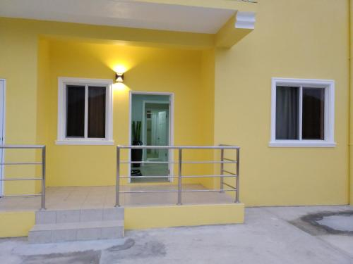 J and L apartments, Gros Islet
