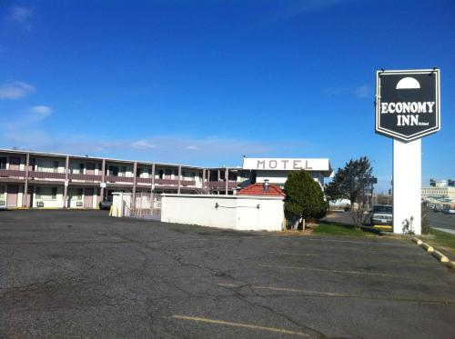 Economy Inn Richland Photo