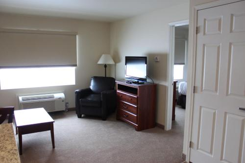 Noble Inn Minot Photo