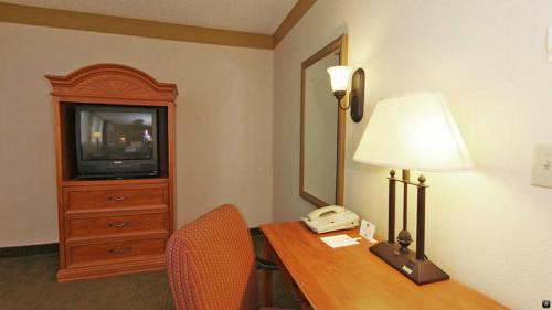 Best Western Plus Como Park Hotel Photo