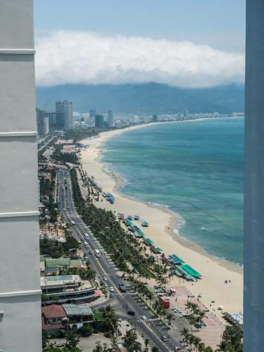 2-bedroom oceanfront apartment, Danang