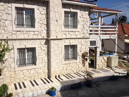 Alacati Terrasse Hotel how to get