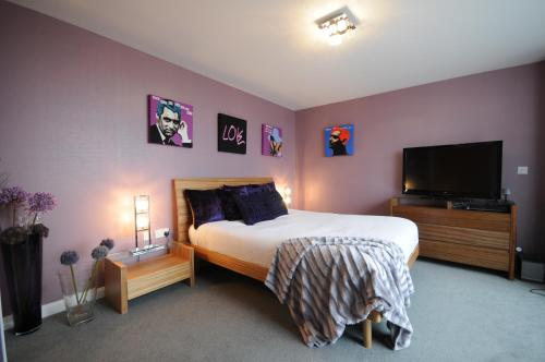 Photo of acityabode Century Wharf Hotel Bed and Breakfast Accommodation in Cardiff Cardiff