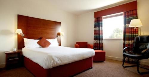Photo of Mercure Cardiff Centre Hotel Hotel Bed and Breakfast Accommodation in Cardiff Cardiff