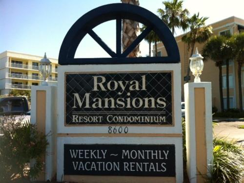 Royal Mansions Resort Photo