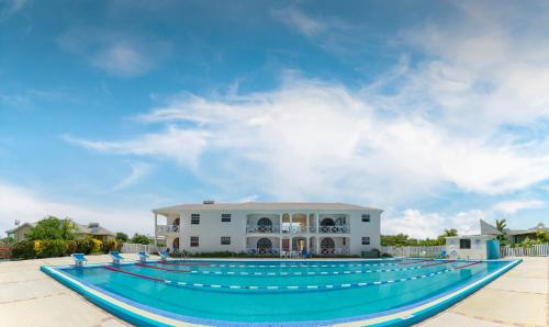 Sunset Point Apartments -2 Bedroom, Saint Lucy