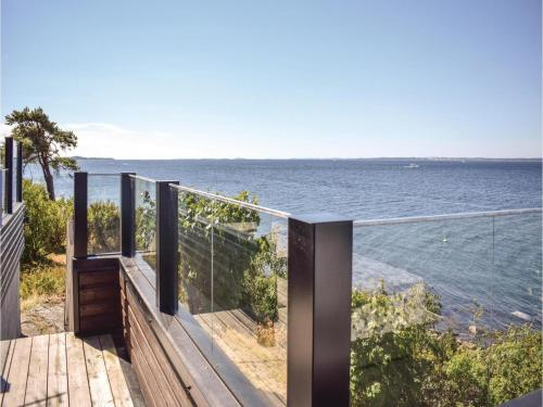 Three-Bedroom Holiday Home in Dilling, Dillingøy