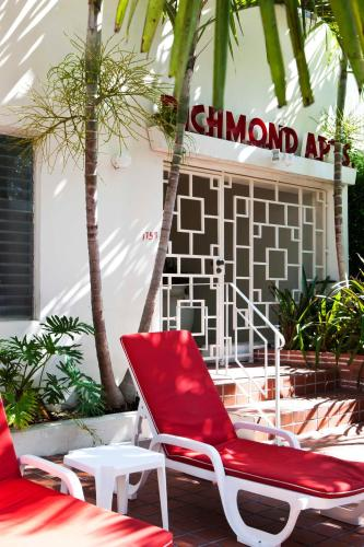 Richmond Studios South Beach Photo