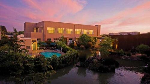 Picture of DoubleTree by Hilton Hotel & Spa Napa Valley - American Canyon