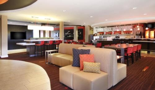 Courtyard by Marriott Sacramento Folsom Photo