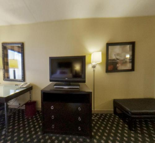 Crowne Plaza Hotel Indianapolis Airport photo 18