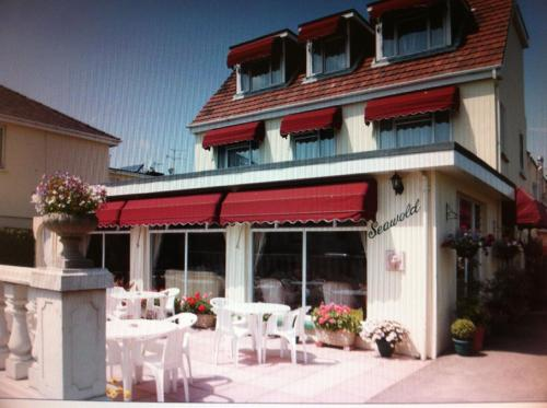 Photo of Seawold Guest House Hotel Bed and Breakfast Accommodation in Jersey Channel Islands