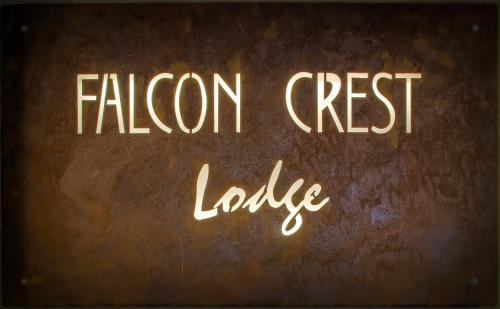 Falcon Crest Lodge Photo