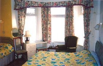 Photo of Southmead Guesthouse Hotel Bed and Breakfast Accommodation in Llanelli Carmarthenshire
