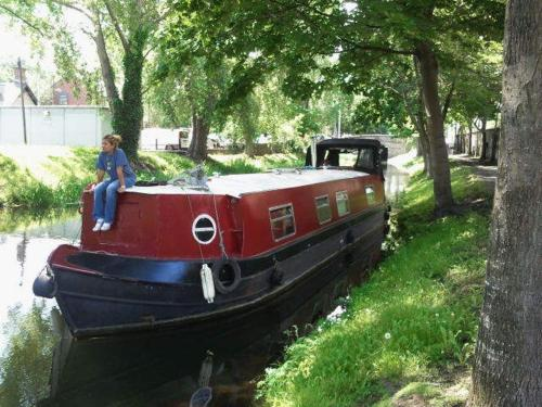 Photo of Dublin Barge Hire Hotel Bed and Breakfast Accommodation in Dublin Dublin