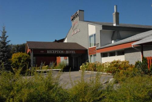 Hotel Baie Saint Paul Photo