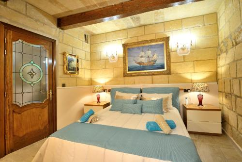 Luxurious Valletta House of Character by The Sea, La Valeta
