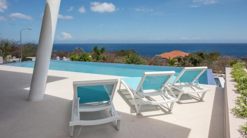 Coral Estate New Apartment with 180 degree Ocean View, Willibrordus
