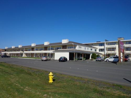 Ocean Shores Inn & Suites Photo