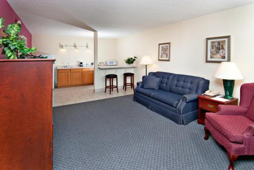 Concorde Inn & Suites Pekin Photo