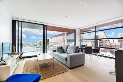 Stunning Luxury Condo at the Auckland Waterfront, 奥克兰