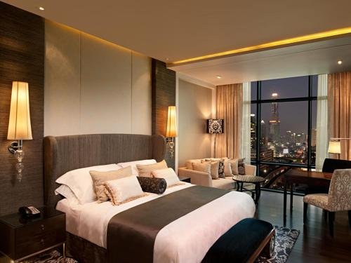 The St. Regis Bangkok photo 3