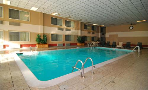 Best Western Regency Inn - Marshalltown, IA 50158