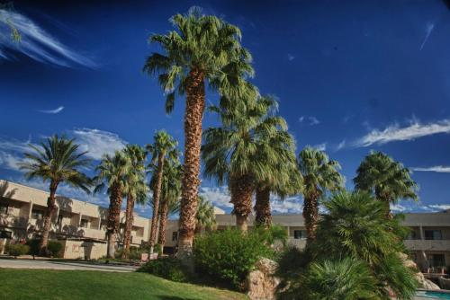Miracle Springs Resort and Spa Photo