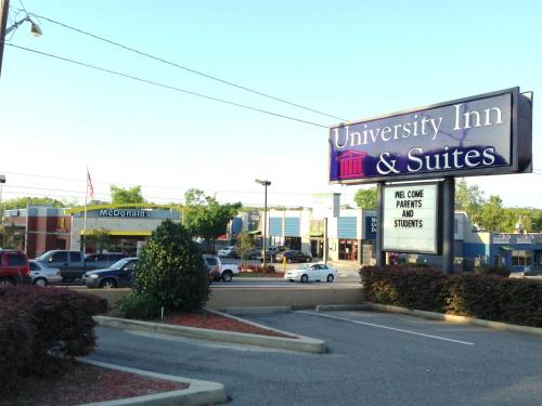 University Inn and Suites Tallahassee Photo