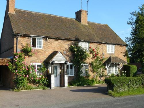 Hillcrest Guest House in Warwick from £55