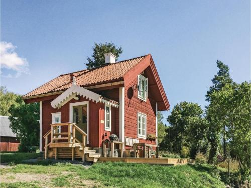Two-Bedroom Holiday Home in Mellosa, Davidsnäs