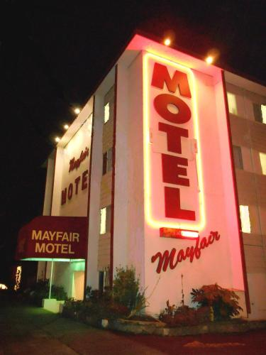 Mayfair Motel Photo