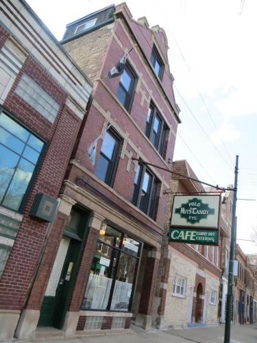 Bridgeport Bed and Breakfast - chicago -