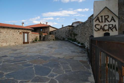 Apartamentos Aira Sacra