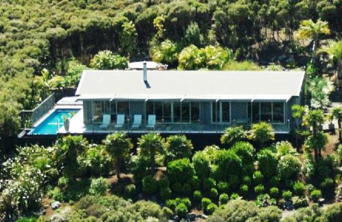 60 Tapeka Road, Russell 0242, Bay of Islands, New Zealand.