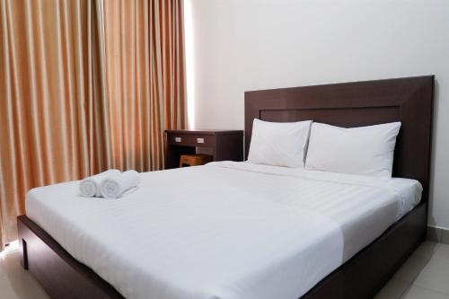 Pool View Studio Room Saveria Apartment near AEON Mall By Travelio, Tangerang