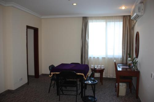 GreenTree Inn ShangHai ChangYang Road JiangPu Park Metro Station Business Hotel photo 28