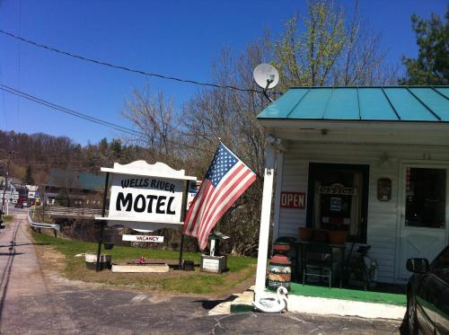 Wells River Motel Photo