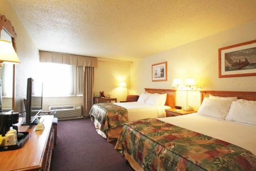 Best Western Merry Manor Inn Photo