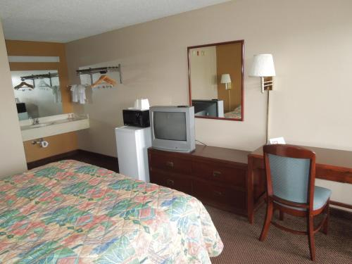 Econo Lodge Columbus Photo