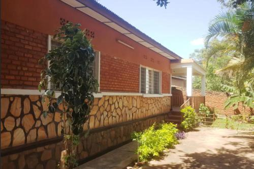 Ideal location to visit Kigali : 500m to downtown, Kigali